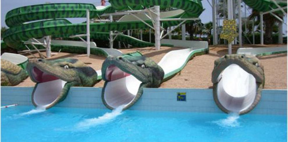 Arte in situ toboganes de agua y toboganes para piscinas for Piscinas con toboganes